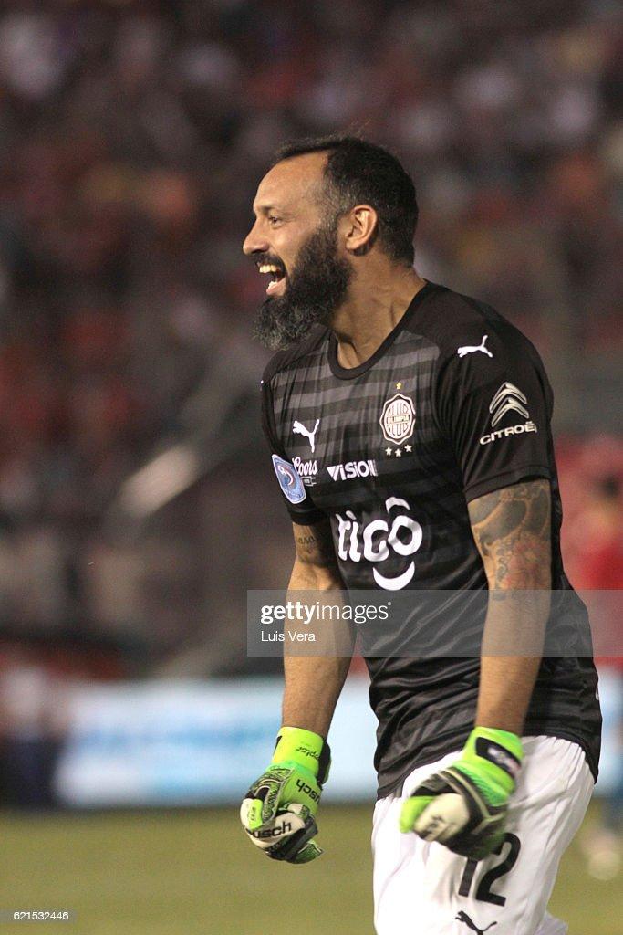 Olimipia v Cerro Porteno - Torneo Clausura 2016