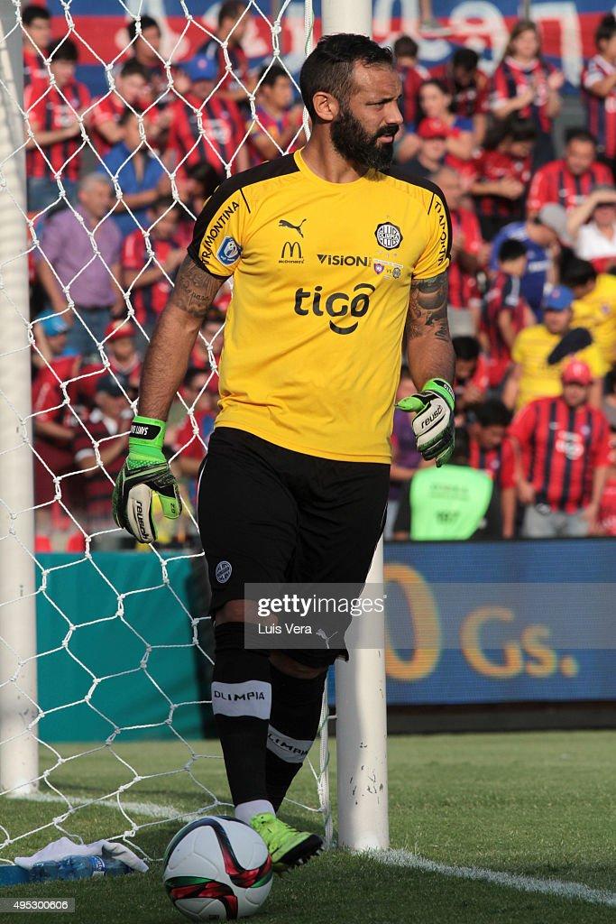 Cerro Porteno v Olimpia - Torneo Clausura 2015