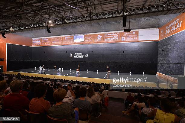 USA Diego Beaskoetxea and French Eric Irastorza compete against Spanish Inaki Goikoetxea and French David Minvielle during the Cesta Punta Gant d'Or...