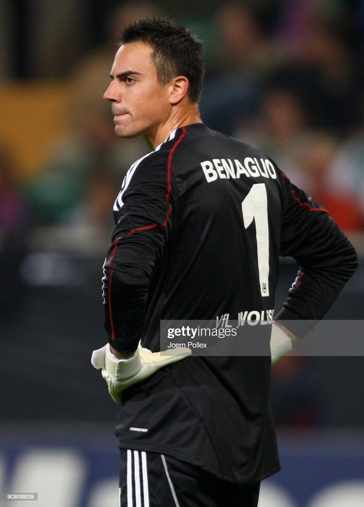 Diego Benaglio of Wolfsburg gestures during the UEFA Champions League Group B match between VfL Wolfsburg and CSKA Moscow at Volkswagen Arena on September 15, 2009 in Wolfsburg, Germany.