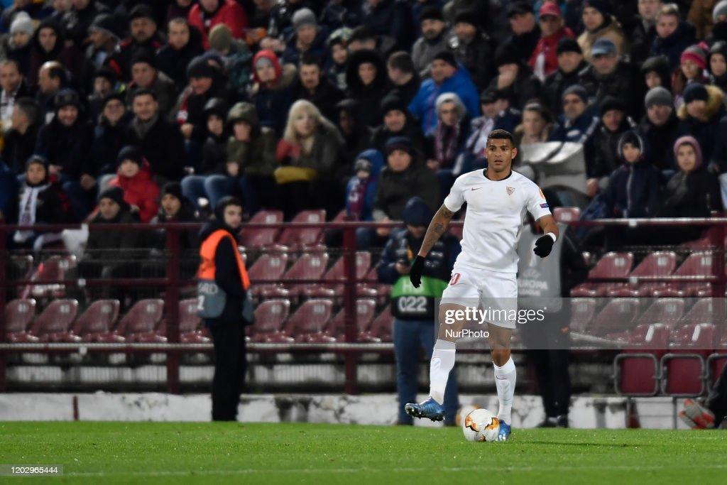 CFR Cluj v Sevilla FC - UEFA Europa League Round Of 32: First Leg : News Photo