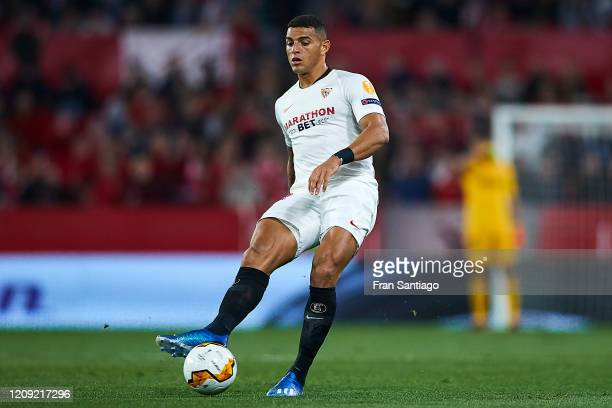 Diego Carlos of Sevilla FC in action during the UEFA Europa League round of 32 second leg match between Sevilla FC and CFR Cluj at Estadio Ramon...