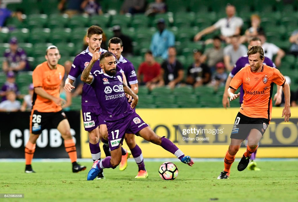Diego Castro of the Glory controls the ball during the round 20 A-League match between Perth Glory and Brisbane Roar at nib Stadium on February 18, 2017 in Perth, Australia.