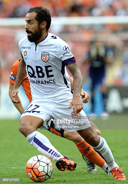 Diego Castro of the Glory in action during the round 13 ALeague match between the Brisbane Roar and the Perth Glory at Suncorp Stadium on January 2...