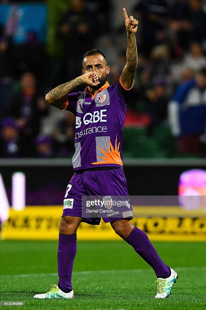 Diego Castro of the Perth Glory celebrates a goal during the round one A-League match between the Perth Glory and the Central Coast Mariners at nib Stadium on October 8, 2016 in Perth, Australia.