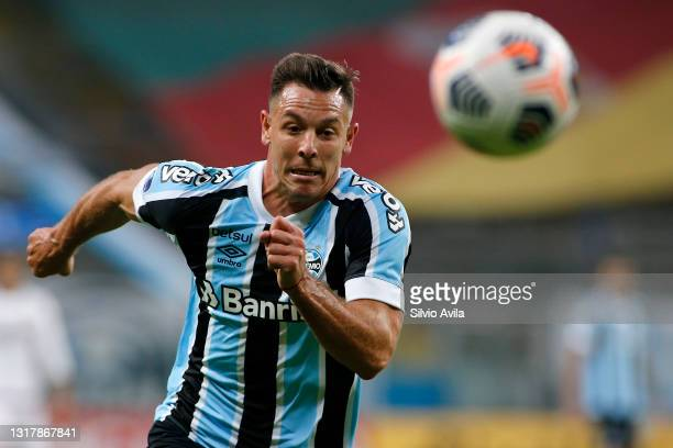 Diego Churín of Gremio runs for the ball during a match between Gremio and Lanus as part of group H of Copa CONMEBOL Sudamericana 2021 at Arena do...