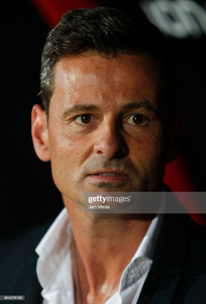 Diego Cocca coach of Tijuana looks on during the second round match between Tijuana and Necaxa as part of Torneo Clausura 2018 Liga MX at Caliente Stadium on January 12, 2018 in Tijuana, Mexico.