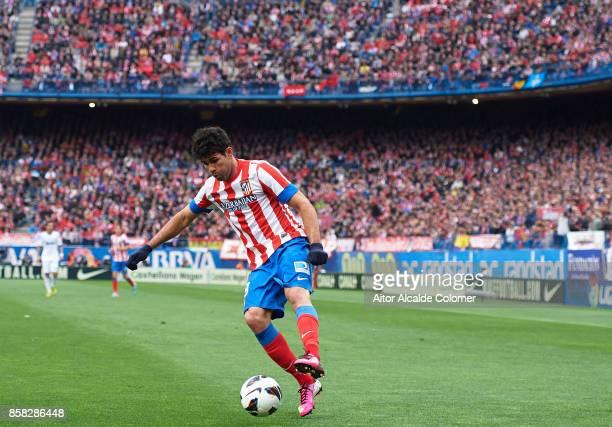 Diego Costa of Atletico de Madrid in action during the La Liga between Atletico de Madrid and Real Madrid at Estadio Vicente Calderon on April 27...