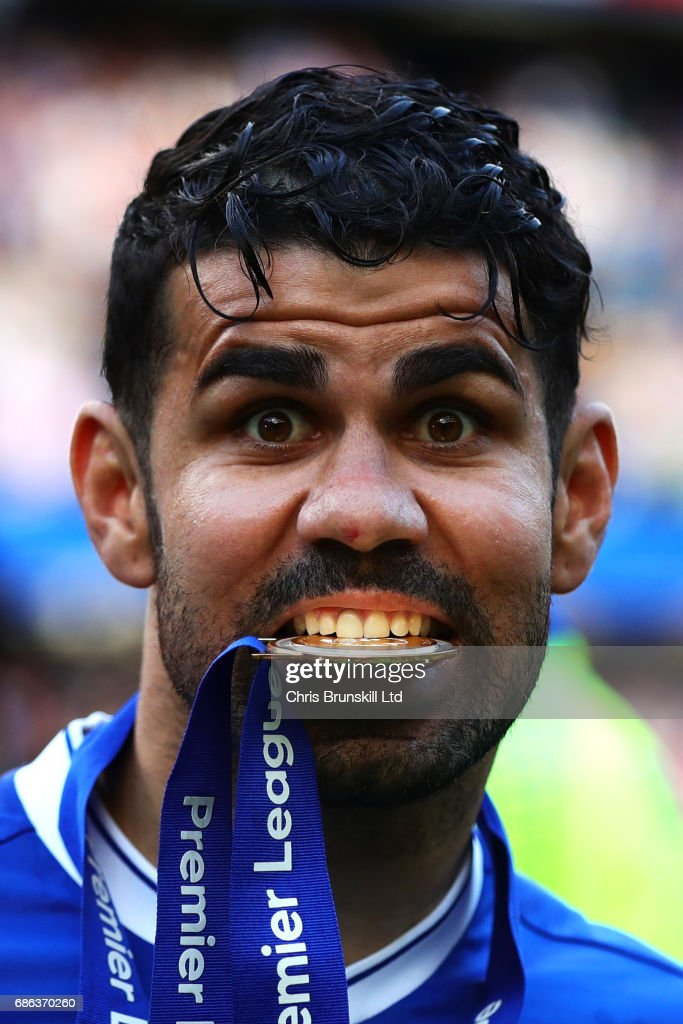 Diego Costa of Chelsea celebrates following the Premier League match between Chelsea and Sunderland at Stamford Bridge on May 21, 2017 in London, England.