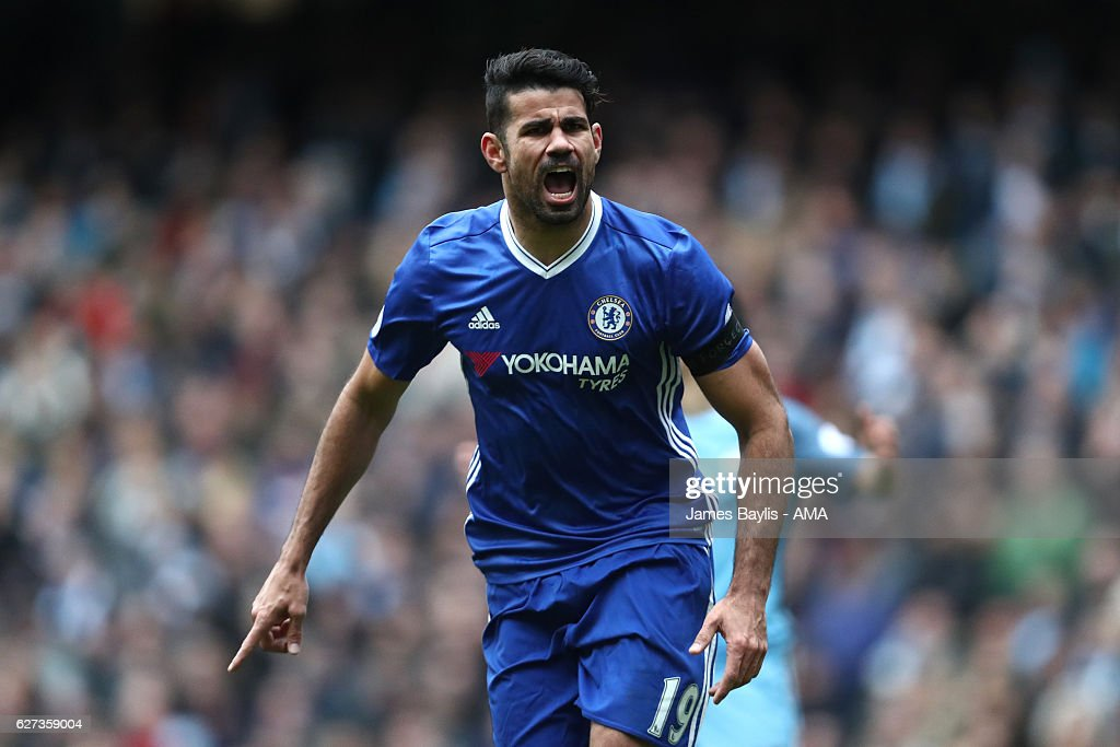 Diego Costa of Chelsea celebrates scoring his team's first goal to make the score 1-1 during the Premier League match between Manchester City and Chelsea at Etihad Stadium on December 3, 2016 in Manchester, England.