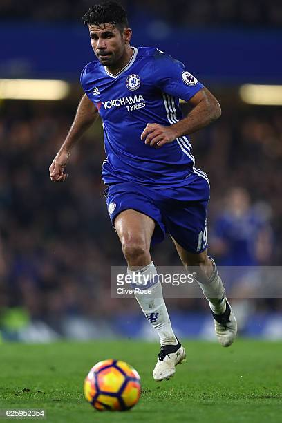 Diego Costa of Chelsea in action during the Premier League match between Chelsea and Tottenham Hotspur at Stamford Bridge on November 26 2016 in...