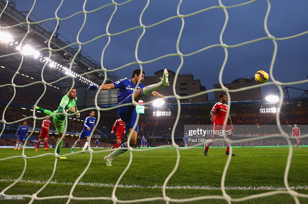 Diego Costa of Chelsea misses a chance on goal during the Barclays Premier League match between Chelsea and West Bromwich Albion at Stamford Bridge on November 22, 2014 in London, England.
