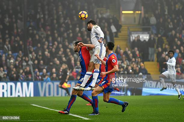 Diego Costa of Chelsea scores his sides first goal with his head during the Premier League match between Crystal Palace and Chelsea at Selhurst Park...