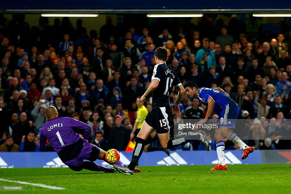 Diego Costa of Chelsea scores his team's second goal during the Barclays Premier League match between Chelsea and Watford at Stamford Bridge on December 26, 2015 in London, England.