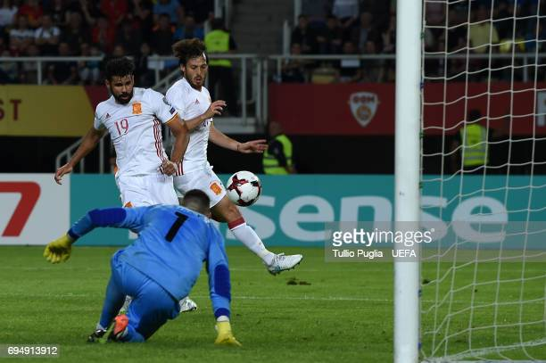 Diego Costa of Spain scores his team's second goal during the FIFA 2018 World Cup Qualifier between FYR Macedonia and Spain at Nacional Arena Filip...