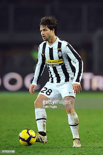 Diego Da Cunha of Juventus in action during the Serie A match between Juventus and Palermo at Stadio Olimpico di Torino on February 28 2010 in Turin...