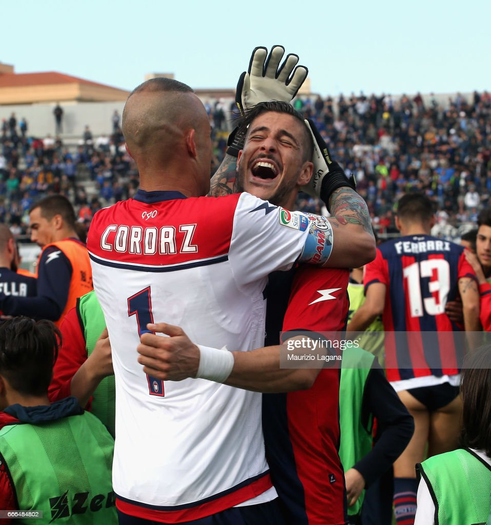 Diego Falcinelli (R) and Alex Cordaz of Crotone celebrate after the Serie A match between FC Crotone and FC Internazionale at Stadio Comunale Ezio Scida on April 9, 2017 in Crotone, Italy.