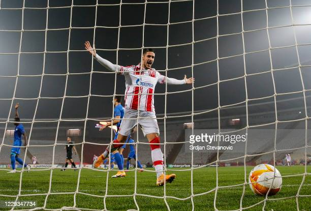 Diego Falcinelli of Crvena Zvezda celebrates after scoring his team's fifth goal during the UEFA Europa League Group L stage match between Crvena...
