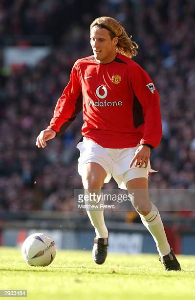 Diego Forlan in action during the FA Cup 5th Round between Manchester United v Arsenal at Old Trafford on February 15 2003 in Manchester England