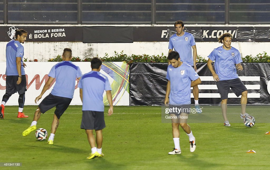 Diego Forlan of Uruguay drives the ball during a training session as part of the 2014 FIFA World Cup on June 27, 2014 in Rio de Janeiro, Brazil. Uruguay will face Colombia in a Round of 16 match as part of FIFA World Cup 2014 Brazil at Sao Januario Stadium on June 28.