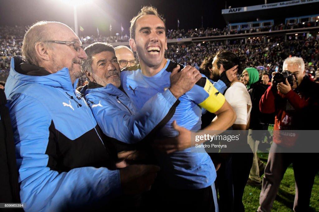 Uruguay v Bolivia - FIFA 2018 World Cup Qualifiers : Fotografia de notícias