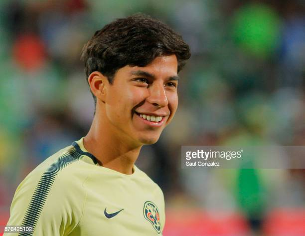Diego Lainez of America looks on prior to the 17th round match between Santos Laguna and America as part of the Torneo Apertura 2017 Liga at Corona...