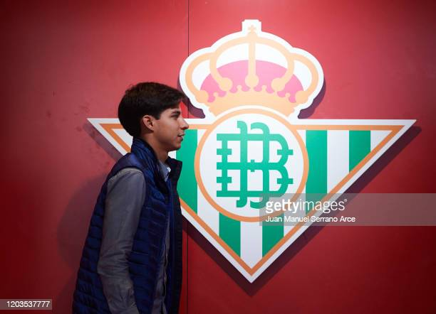 Diego Lainez of Real Betis Balompie looks on prior to the start the La Liga match between SD Eibar SAD and Real Betis Balompie at Ipurua Municipal...