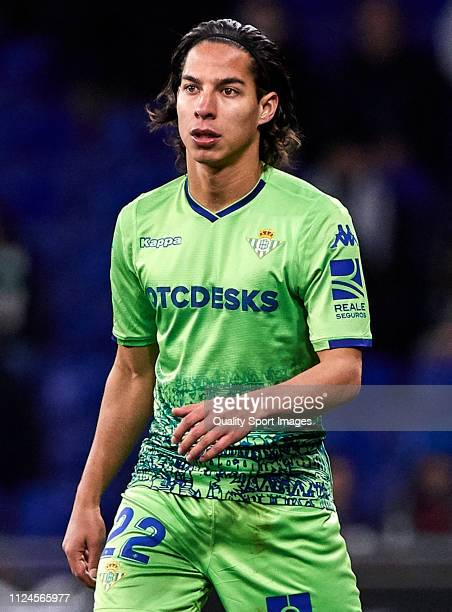 Diego Lainez of Real Betis looks on during the Copa del Quarter Final match between Espanyol and Real Betis at RCDE Stadium on January 24 2019 in...