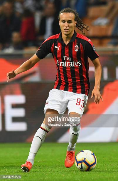 Diego Laxalt of AC Milan in action during the serie A match between AC Milan and AS Roma at Stadio Giuseppe Meazza on August 31 2018 in Milan Italy
