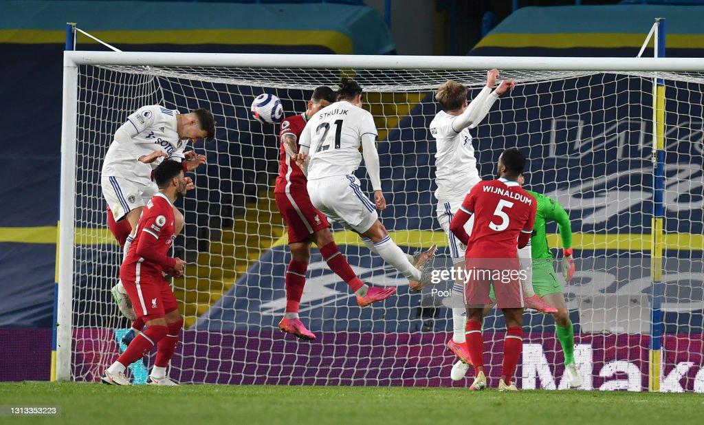 Leeds United v Liverpool - Premier League : News Photo