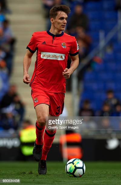 Diego Llorente of Real Sociedad runs with the ball during the La Liga match between Espanyol and Real Sociedad at Estadio de CornellaEl Prat on March...