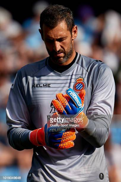 Diego Lopez of RCD Espanyol looks on during the La Liga match between RC Celta de Vigo and RCD Espanyol at Abanca Balaidos Stadium on August 18 2018...