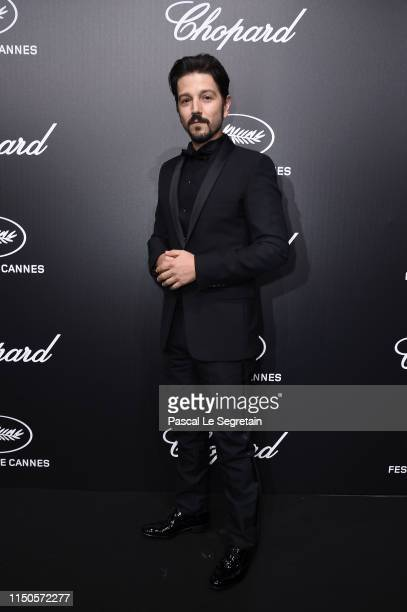 Diego Luna attends the Official Trophee Chopard Dinner Photocall as part of the 72nd Cannes International Film Festival on May 20 2019 in Cannes...