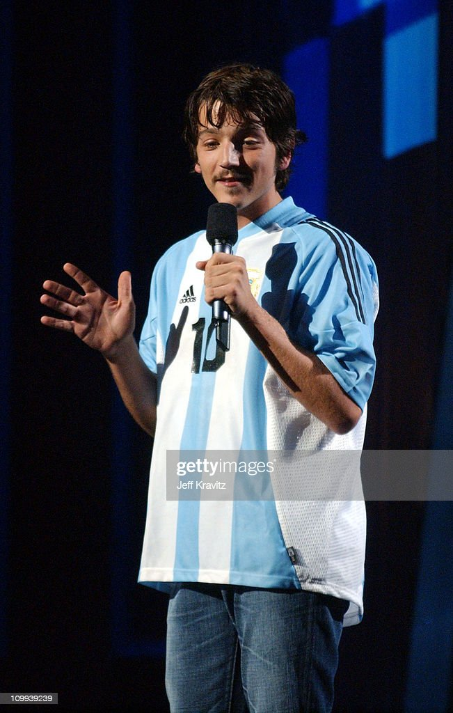 Diego Luna during MTV Video Music Awards Latin America 2003 - Live Telecast at Jackie Gleason Theater in Miami Beach, Florida, United States.