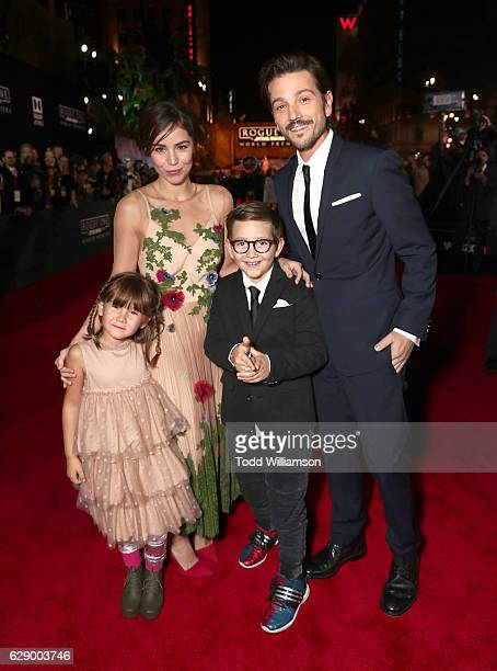 Diego Luna with Camila Sodi and children Jeronimo Luna and Fiona Luna attend the premiere of Walt Disney Pictures And Lucasfilm's Rogue One A Star...
