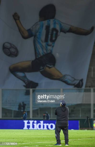 Diego Maradona coach of Gimnasia y Esgrima La Plata looks on during a match between Talleres and Gimnasia y Esgrima La Plata as part of Superliga...