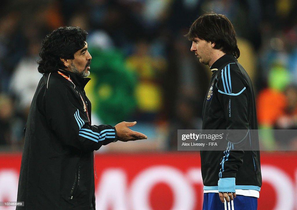 Argentina v Mexico: 2010 FIFA World Cup - Round of Sixteen : News Photo