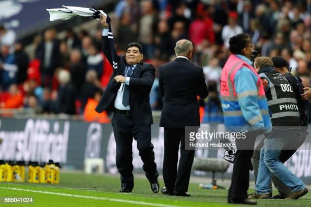 87 Maradona Tottenham Photos And Premium High Res Pictures Getty Images