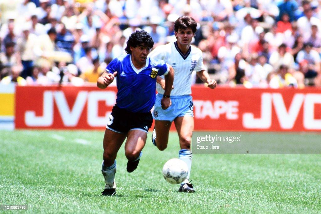 Argentina v England - World Cup Mexico Quarter Final : News Photo