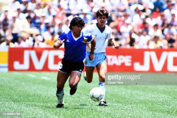 Diego Maradona of Argentina in action during the World Cup Mexico Quarter Final match between Argentina and England at the Estadio Azteca on June 22,...
