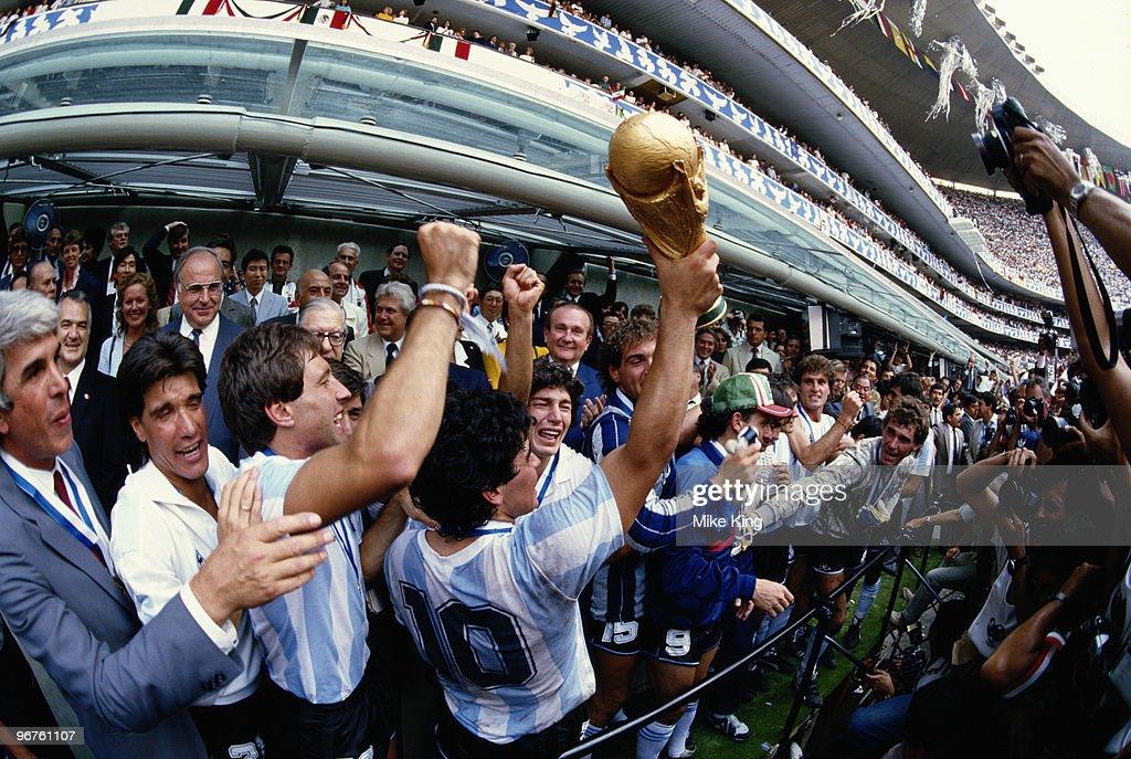 Argentina vs West Germany : News Photo