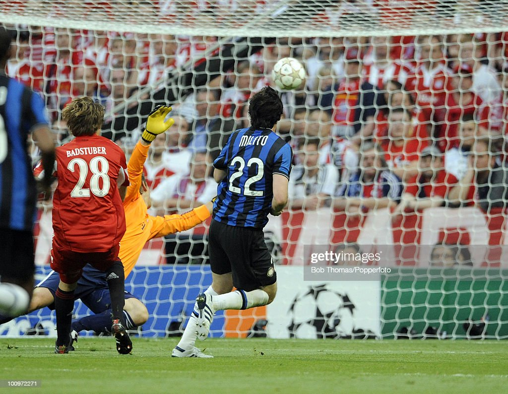 Diego Milito (22) of Inter Milan scores the first of his two goals during the UEFA Champions League Final match between Bayern Munich and Inter Milan at the Estadio Santiago Bernabeu on May 22, 2010 in Madrid, Spain.