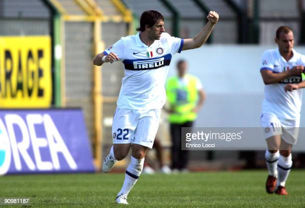 Diego Milito of Internazionale Milano celebrates after scoring a goal during the Serie A match between Cagliari Calcio and Internazionale Milano at...