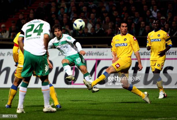 Diego of Bremen scores his team's second goal during the UEFA Cup quarter final first leg match between SV Werder Bremen and Udinese Calcio at the...