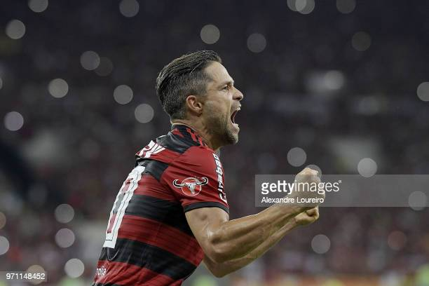 Diego of Flamengo celebrates their first scored goal during the match between Flamengo and Parana Clube as part of Brasileirao Series A 2018 at...