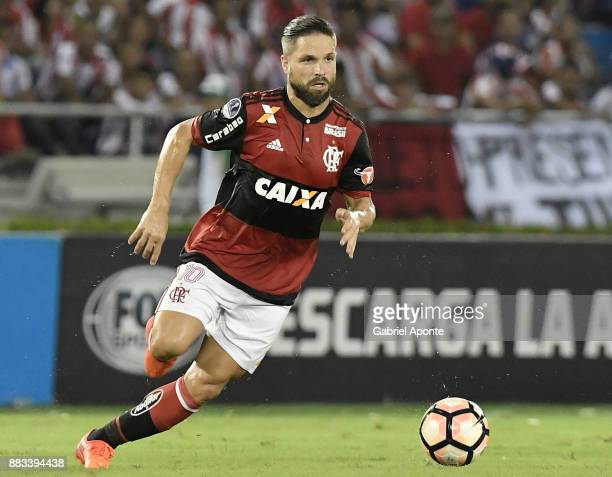 Diego of Flamengo plays the ball during a second leg match between Junior and Flamengo as part of the Copa CONMEBOL Sudamericana 2017 Semifinals at...