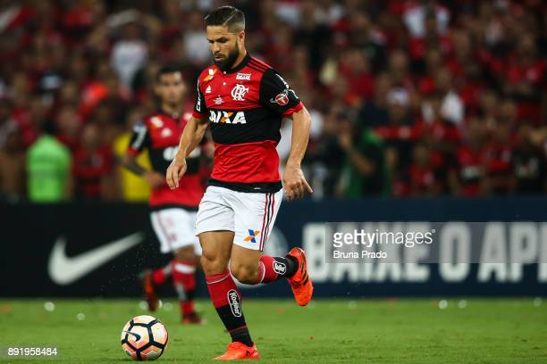 Diego of Flamengo runs for the ball during the Copa Sudamericana 2017 Final match between Flamengo and Independiente at Maracana Stadium on December...
