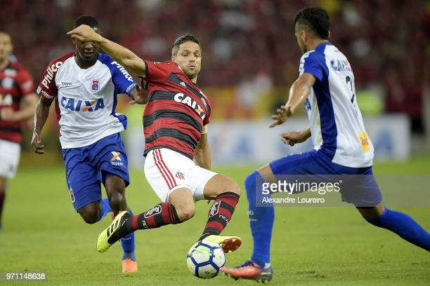 Diego of Flamengo struggles for the ball with Jhonny of Parana Clube during the match between Flamengo and Parana Clube as part of Brasileirao Series...
