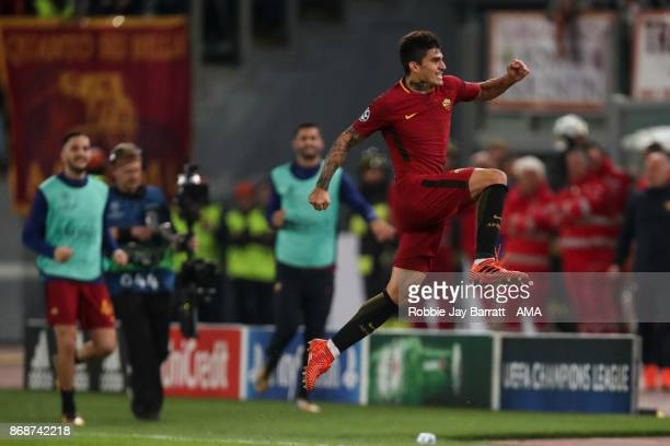 Diego Perotti of AS Roma celebrates after scoring a goal to make it 30 during the UEFA Champions League group C match between AS Roma and Chelsea FC...