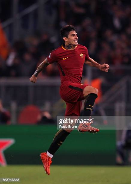 Diego Perotti of AS Roma celebrates after scoring the team's third goal during the UEFA Champions League group C match between AS Roma and Chelsea FC...